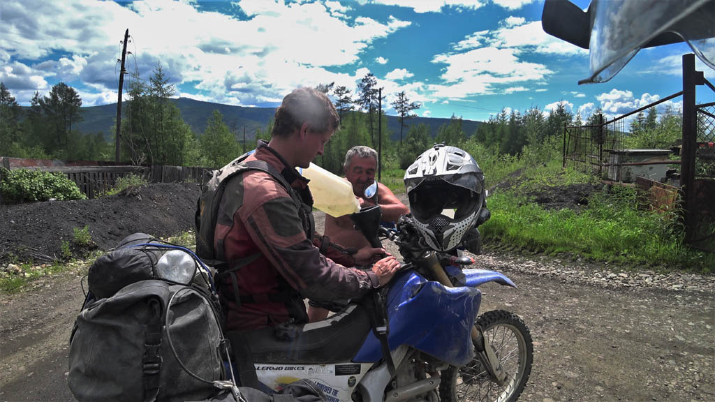 Riding the legendary BAM Road in Siberia Vlcsnap-2018-06-25-03h39m44s179